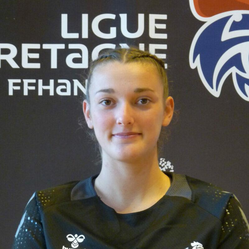 Clara Broquaire carré
